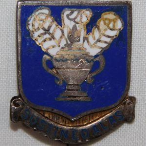 H045. WWII STERLING PIN BACK AAF TECHNICAL TRAINING COMMAND DI