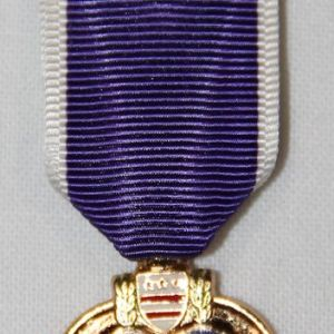 U014. MINIATURE PURPLE HEART MEDAL HALLMARKED G27