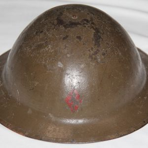 B113. WWI 5TH DIVISION PAINTED BRITISH MADE BRODIE STEEL COMBAT HELMET