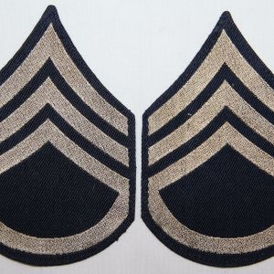 G084. WWII MACHINE WOVEN ON TWILL STAFF SERGEANT CHEVRONS