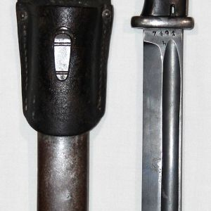 N023. WWII GERMAN K98 BAYONET WITH SCABBARD AND LEATHER FROG