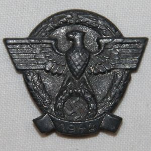 P050. WWII GERMAN 1942 POLICE DONATION PIN