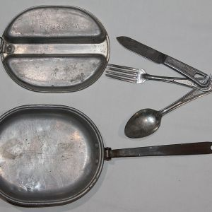 E144. PRE WWII 1941 DATED MESS KIT WITH KNIFE FORK AND SPOON