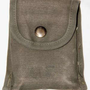 T120. VIETNAM 1966 DATED FIRST AID OR COMPASS POUCH