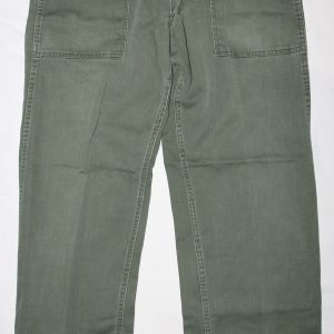 S066. KOREAN WAR EARLY SATEEN FIELD TROUSERS WITH 13 STAR BUTTONS