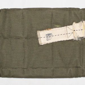 E178. WWII 2ND PATTERN PARATROOPER GRISWOLD WEAPONS JUMP CASE
