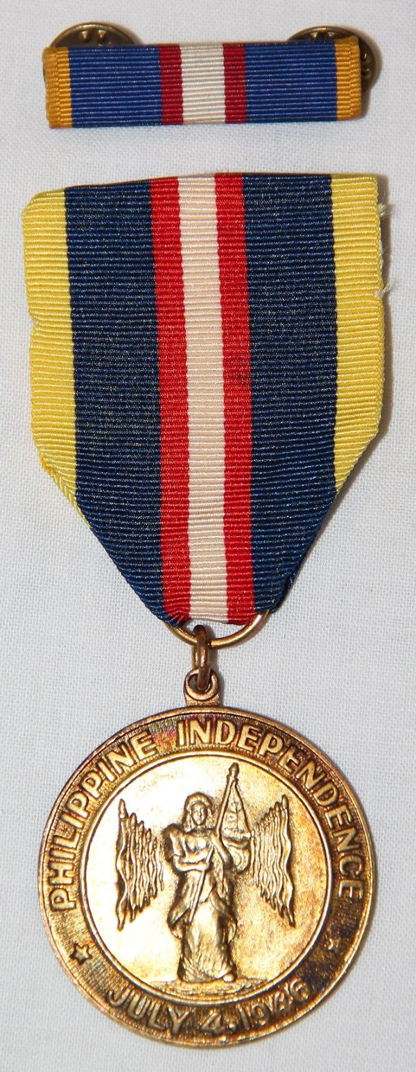 """H063. PHILIPPINE INDEPENDENCE MEDAL BY """"EL ORO"""" WITH RIBBON BAR"""