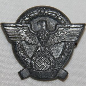 P093. WWII GERMAN 1942 POLICE DONATION PIN