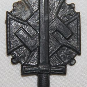 P095. WWII GERMAN NSKOV DONATION PIN