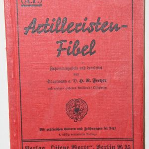 R071. PRE WWII GERMAN ARTILLERY SOLDIER MANUAL