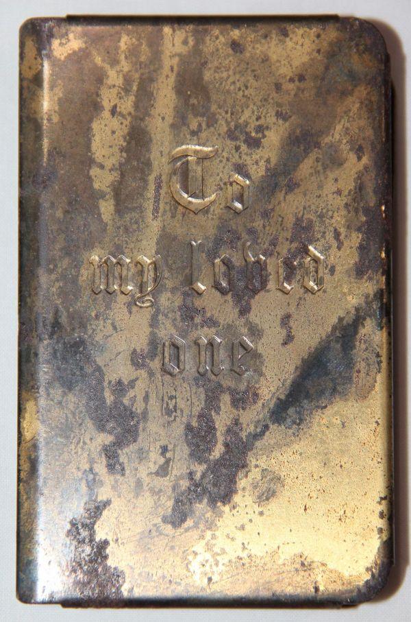 J058. NAMED WWII HEART SHIELD NEW TESTAMENT POCKET BIBLE