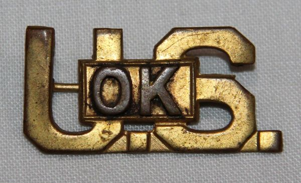 H069. 1920'S - 1930'S OFFICERS U.S. OKLAHOMA COLLAR INSIGNIA