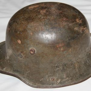 B196. WWI GERMAN M16 COMBAT HELMET WITH MAIL HOME LABEL