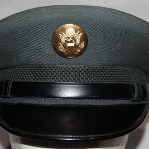 T204. VIETNAM 1967 DATED US ARMY EM VISOR CAP