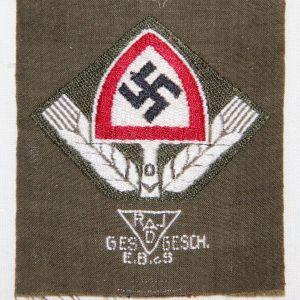 O.123. WWII GERMAN RAD CAP INSIGNIA