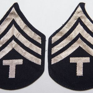 G153. WWII MACHINE WOVEN TECH SERGEANT CHEVRONS