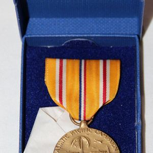 H119. WWII US NAVY ASIATIC-PACIFIC THEATER CAMPAIGN MEDAL NEW IN BOX