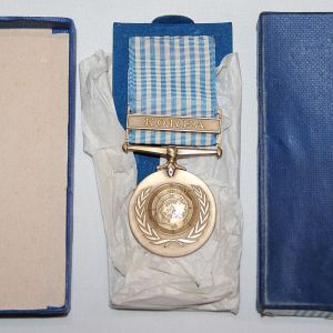 S134. UNITED NATIONS KOREAN SERVICE MEDAL IN BOX