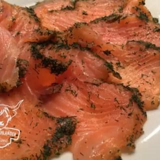 Kaltgeräuchertes Lachsfilet