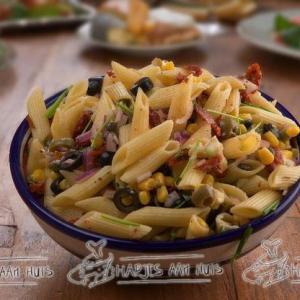 Vegetarische pastasalade als hapjes