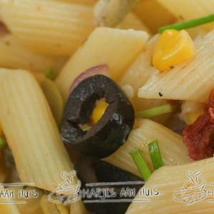Vegetarische pastasalade