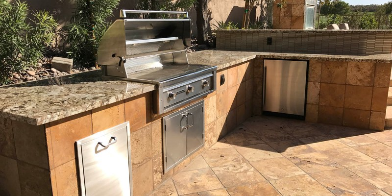 Custom Outdoor Kitchen, Outdoor Fireplace & Outdoor Living Design ...