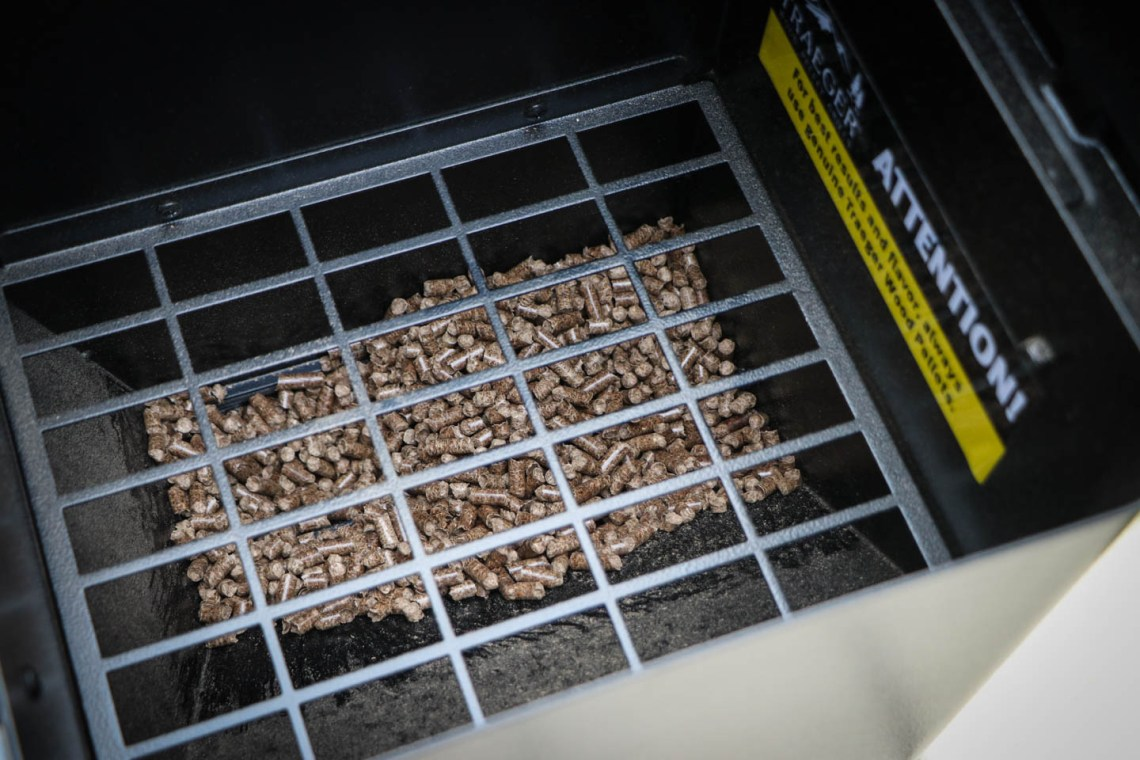 Platz für Pellets: Die Pelletkammer fast knapp 11kg