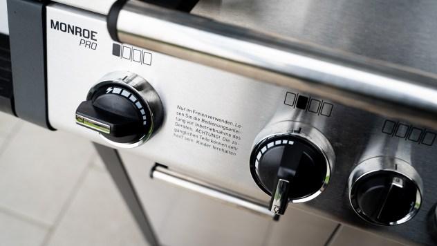 4. Schritt - Den Grill auf ca. 110 Grad einregeln (Setup auf dem Bild für den Enders Monroe Pro 4)