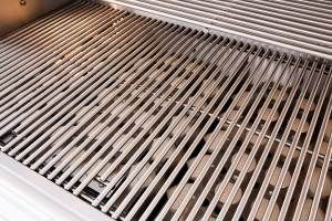 Summerset TRLD 44 Inch Barbecue Grill - Grill Grates Close-up