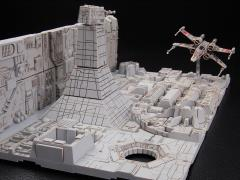 Star Wars Death Star Attack 1/144 Scale Model Kit (A New Hope)