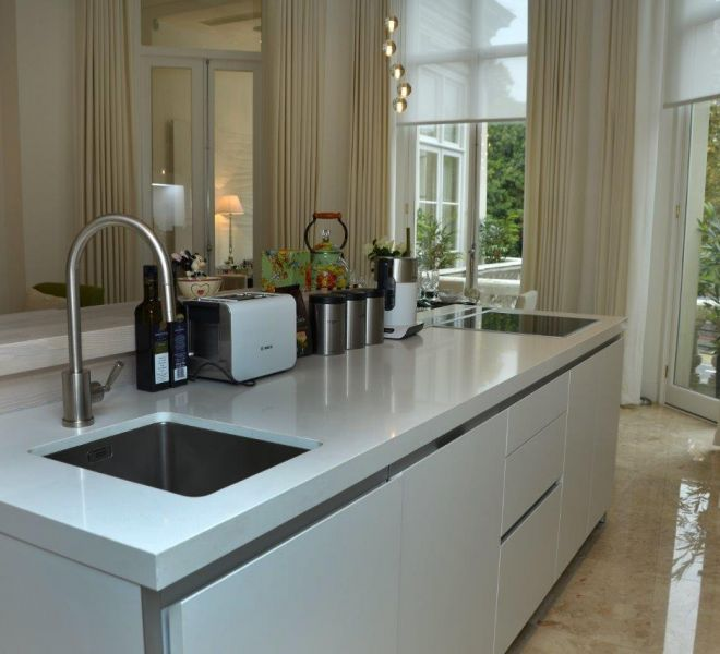 Hyde Park kitchen joinery installation