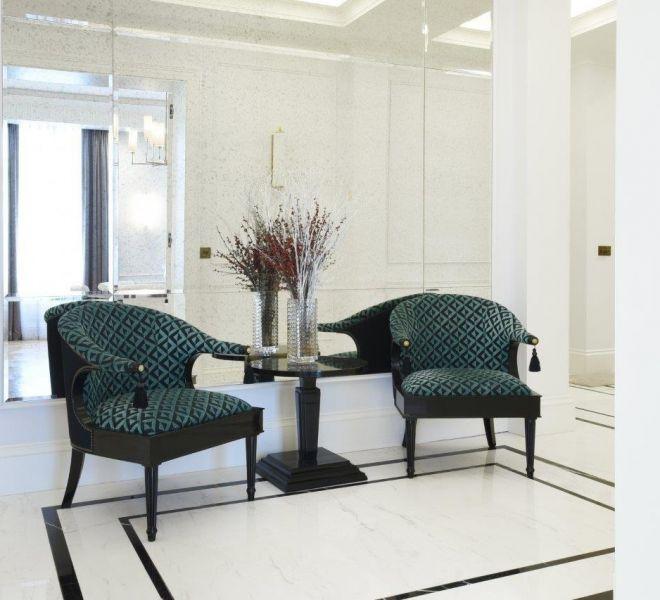 Reception room hallway landing in Mayfair
