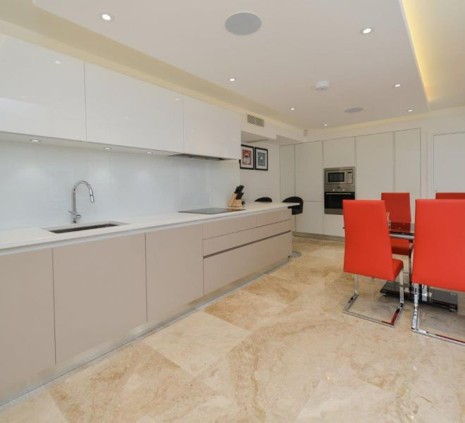 Budget kitchen design by Brompton Cross Construction