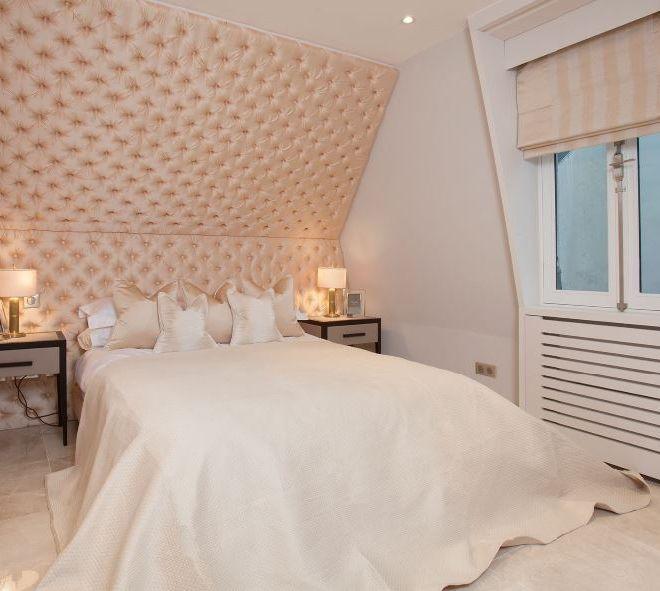 Penthouse Turn key high end luxury bedroom in Rue de Rivoli Pairs