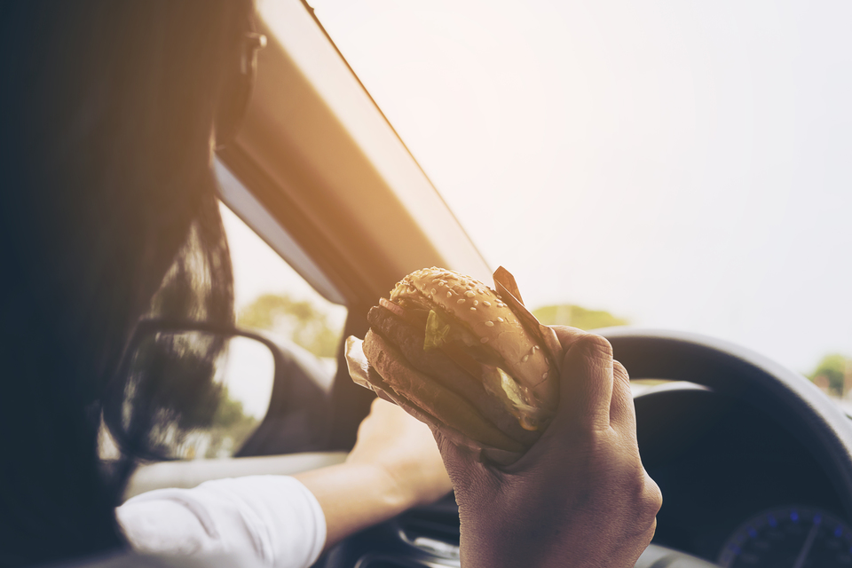 When eating at the wheel becomes driving without due care and attention