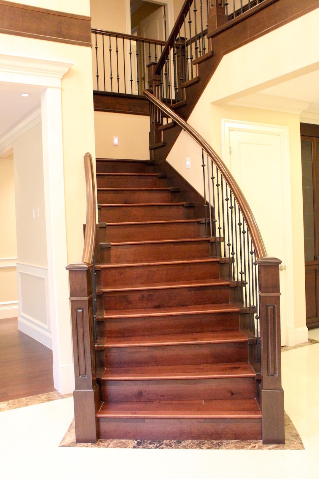 wood stairs flooring isntaller