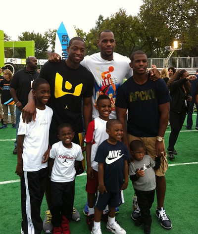 LEBRON JAMES CHRIS PAUL DWYANE WADE AND THEIR SONS GET
