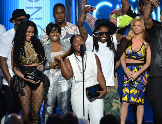 REGINAE CARTER HITS THE BET AWARDS STAGE