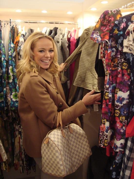 liz Liz McLaren  shopping