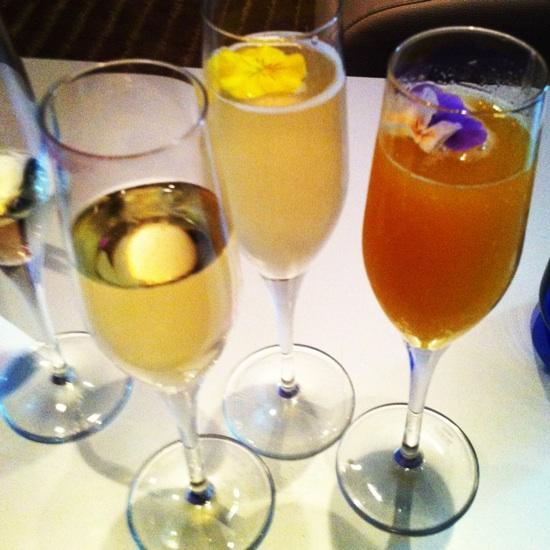 champagne hotel w