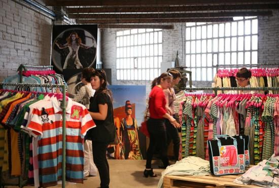 REC.03 - CUSTO pop up stores