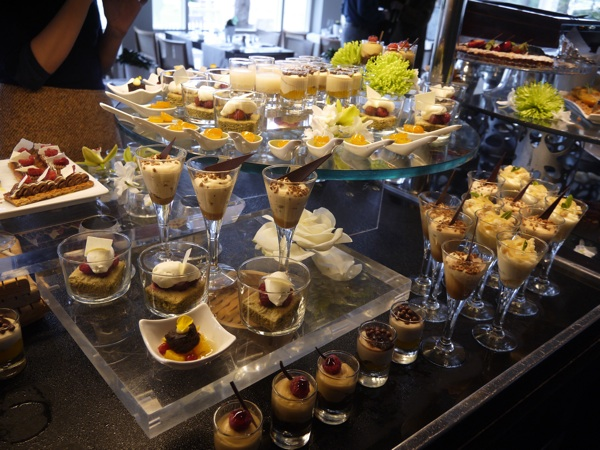 mesa postre brunch hotel arts