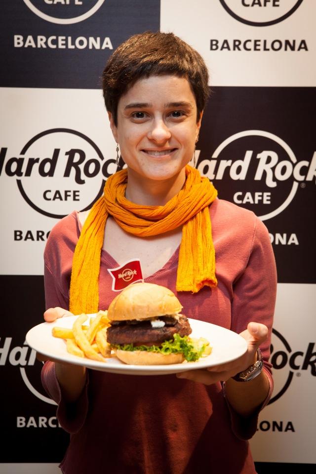 La ganadora de La Hamburguesa de Barcelona Cris Minimos foto by Arnaud Bayle  F
