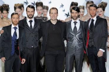 MiquelSuay junto a los actores