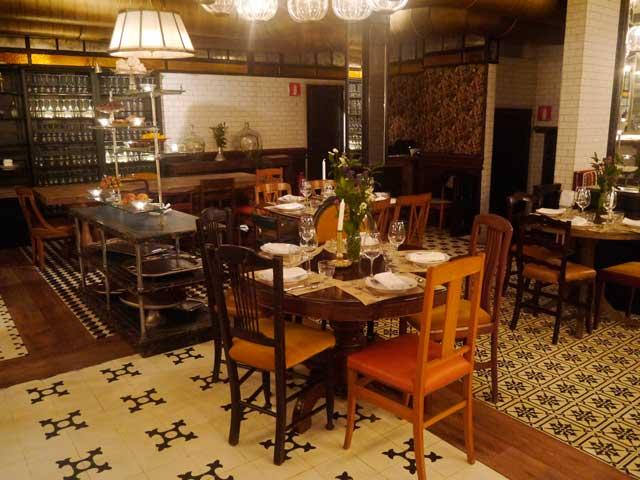 toto-restaurante-mesas