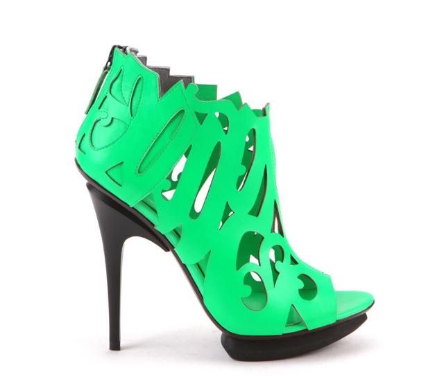 United-nude-caligrafiti-verde-neon