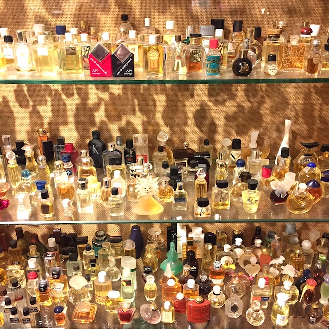 museo perfume barcelona frascos