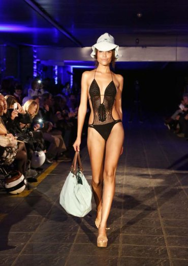tcn trikini negro verano 2015