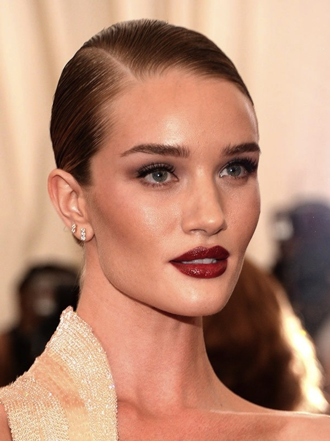 rosie-huntington-whiteley-maquillaje met gala 2015