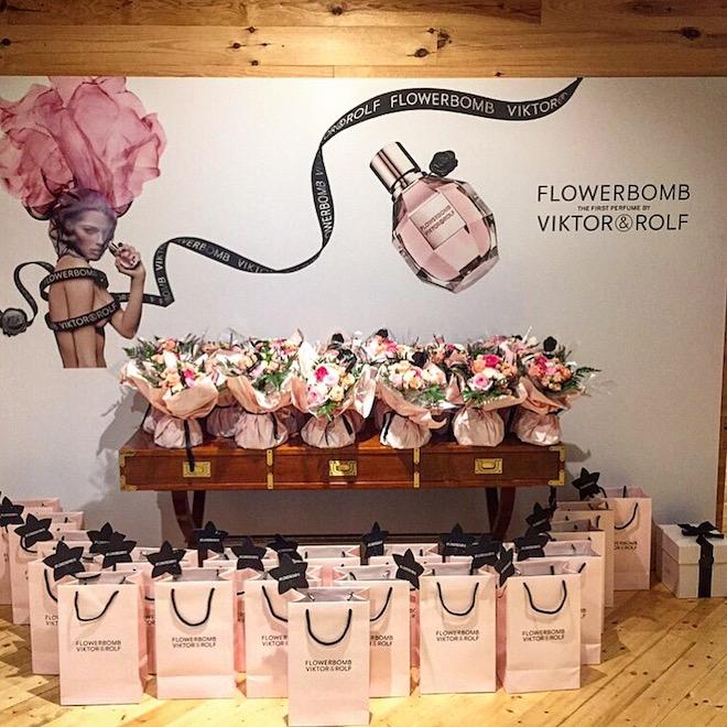 flower bomb viktor rolf perfume 10 anos